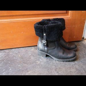 Cute UGG boots 190918001